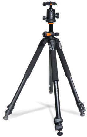 This is an image of kaluminum tripod for camera by Vanguard